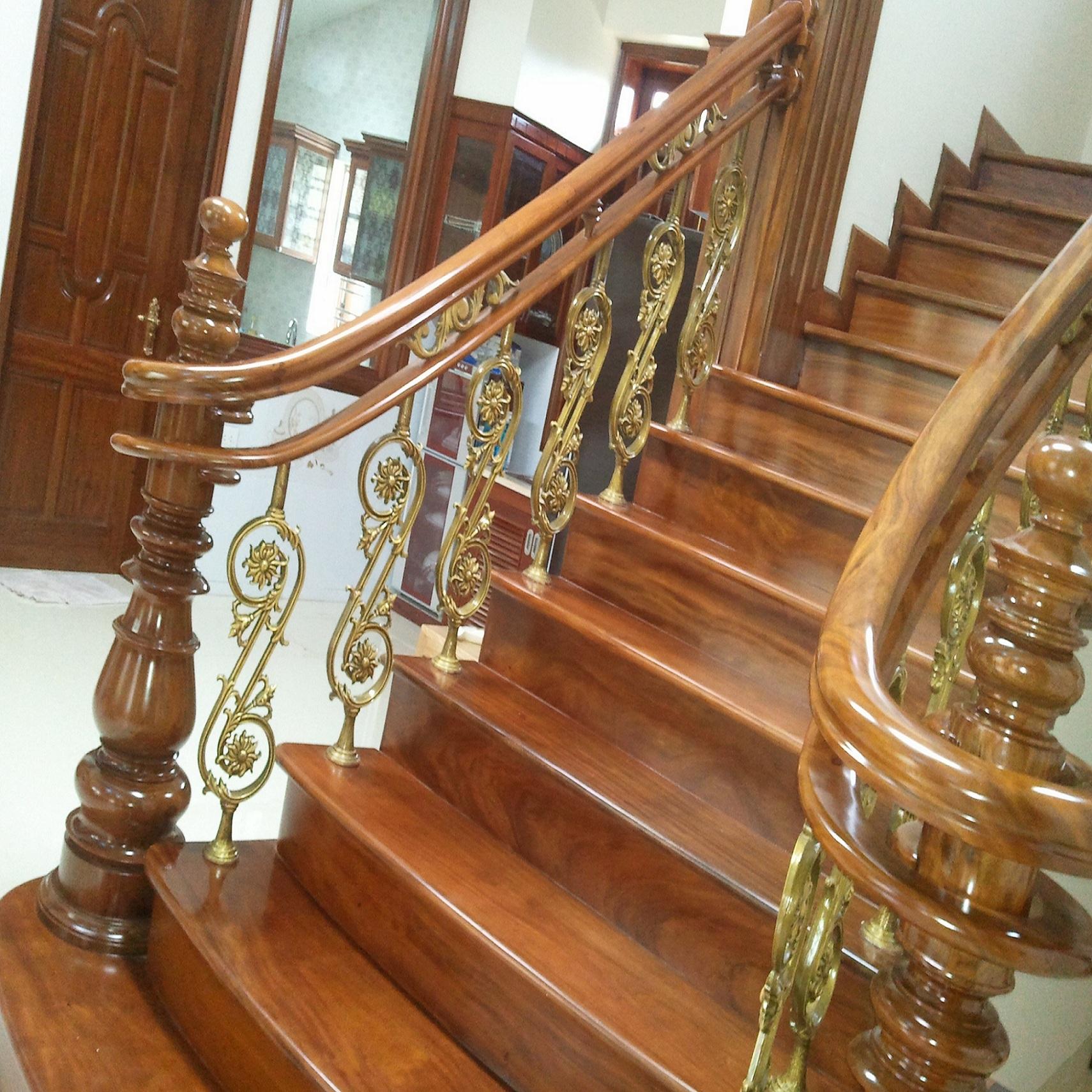 Cầu thang nhôm đúc - CT028