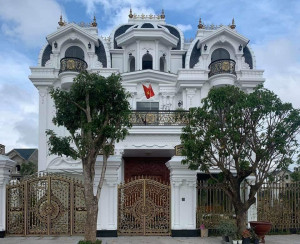 Việt Phát hoàn thiện công trình nhôm đúc sang trọng